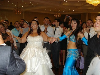 Belly dancing at a wedding Melbourne